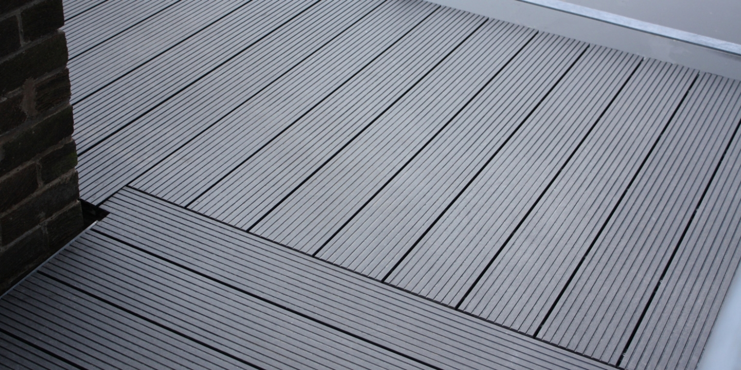 low-height decking system for terraces render