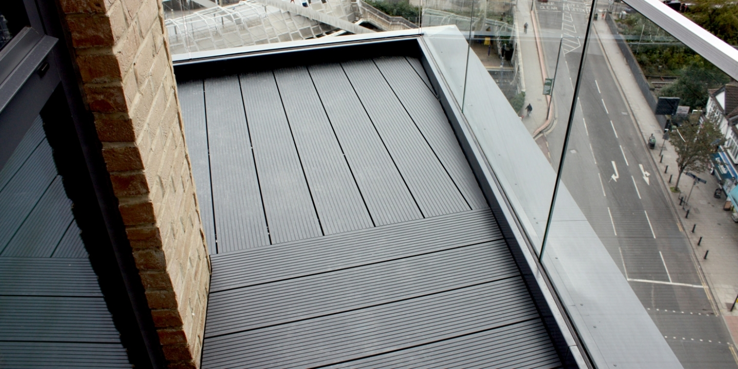 ryno alu terrace aluminium terrace decking system on inset balcony