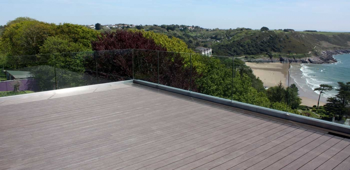 ryno signature composite decking overlooking bay